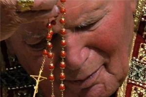 Dicen que rezar el Rosario es un rollo...